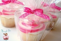 CUP CAKES / * WHOLESALE PAPER STRAWS * ONLY $2.50/pkg of 25 when ordering 10+ pkgs!!!  Check out colors: bellabargains.etsy.com - Email for more info:  bellabargains123@gmail.com