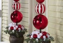 Holiday decor in the garden / Ideas for decorating your garden, Windows and porch for Christmas