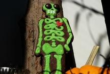 Halloween Cookies by Sweet Dani B / A collection of Halloween cookie fun! Happy tricks & treats to all! Xo