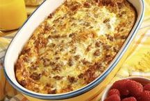 Main Dish Recipes / Main dish recipes for everything from chicken to beef to pork to fish.