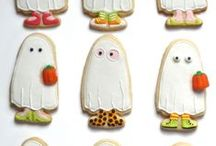 Trick-or-Treater Ghost Cookie by Sweet Dani B / This adorable trick-or-treater cookie is based on that always perfect, easy, festive ghost costume from years past... Mwwhaaahaahaa!
