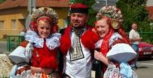 Christmas Around the World- Tradition Clothing / Traditional clothing for different countries. This is great for Christmas Around the World projects.
