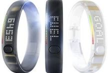Nike Fuelband / FuelBand SE at Nike.com! Track the intensity of your workouts with Nike+ Sessions. Keep you and your friends motivated through Nike+ Groups. Count your steps, enable sleep tracking and tell the time.