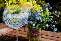 Sue's Gin Glasses / Hand Painted Gin glasses https://m.facebook.com/SunnyglassBySue/