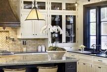 Home - Kitchen Inspiration / by Leigha Gruber