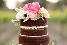 CAKE STYLE | naked and semi-naked / rustic wedding cakes, wedding cake ideas, wedding cake inspiration, organic wedding cakes, rustic style wedding cakes, barn wedding cakes, wine country wedding cakes, organic cakes, buttercream cakes, naked cakes, semi-naked cakes, wedding layer cakes, real weddings, real wedding cakes, rustic cake images, rustic wedding cake photos, fresh flower wedding cakes, floral wedding cake ideas, greenery wedding cake ideas, naked cakes for weddings, semi-naked cakes for weddings, exposed layer cakes
