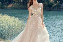 Dress (volumy)