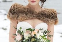 en Hiver / Inspiration for a vintage winter wedding. / by Elisabeth Colette