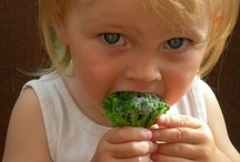 Toddler Food and Feeding / by Parenting Smarts