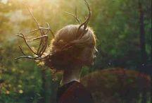 Skogsrå / ↟ Spirits, you who lurk among the trees like shadows. ↟