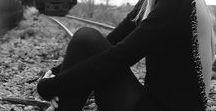 Suicide blonde Witch