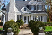 curb appeal / charming or beautiful homes