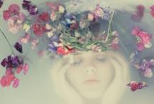I'm a Dreamer not a Thinker / by Carolina del Canto