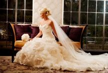 Gettin Hitched... Dresses / by Stephanie Snyder