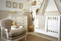 Interiors: Kids Rooms, Nurseries & Playrooms / by Stephanie Snyder