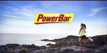 POWERBAR / PowerBar es una marca destacada en el mundo deportivo ya que está dirigido por atletas para atletas. En PowerBar es lamarca oficial de triatlón IronMan por lo que saben muy bien cuáles son los límites de los deportistas, es por ello que crean alimentos para aportar la energía suficiente para hacer de los imposibles una realidad.