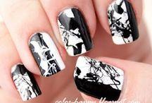 nail art ideas / by Karla Cogghe