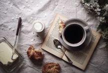 MORNINGS / Coffee in cute cafes, breakfast ideas, pretty mornings.