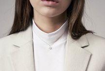 trend´s { CLASSIC } wom. / perlen schmuck Designer: Valextra, Hugo Boss, Strenesse,