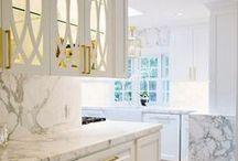 Kitchen Inspiration / kitchen, kitchen decor, cabinet, appliances. floating shelves, marble countertops, marble backsplash