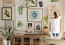 Gallery Wall Ideas / Wall Gallery Ideas . How to hang a Gallery Wall . Wall Art Prints . Livingroom | Stairs | with TV | Bedroom | Dining Room | Kitchen | Hallway . Photo Gallery Wall Ideas . Wall Art Decor . Printables . Inspiration