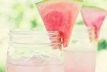 Drinks / by Lindsey Guevara