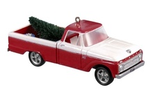 Holiday Collector Car and Train Ornaments / Classic cars and model trains are the subject of many beautifully-detailed holiday ornaments. This board features something for ornament collectors, car enthusiasts, and railfans alike.