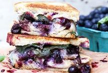 Sandwiches / Recipes and inspiration for taking your ho-hum lunchtime sandwich to the next level. From grilled sandwiches to filled flatbreads, find ideas for creative ingredients and mouthwatering sandwich spreads.
