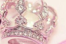Crown / by Rakefet Lerer