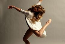 Dance / Dance is a beautiful activity and looks great through photos