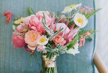 Flowers <3 / Mostly floral bouquets but also some arrangements