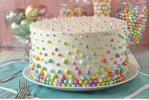 Gorgeous Cakes & Cupcakes