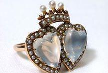 antiker Schmuck - antique jewelery - bijoux anciens