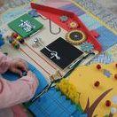 Бизиборды - развивающие игрушки для малышей | Busy-boards, montessori  toys / Бизиборд - это развивающая игрушка для самых маленьких. Она помогает развивать мелкую моторику, то есть способность малыша хорошо владеть своими пальчиками. А это значит, что параллельно развиваются память и речь малыша. Бизиборд - незаменим в доме, где есть ребенок от 0 до 3 лет.