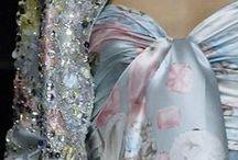 Amazing Fashion / by Jane Ann Britt