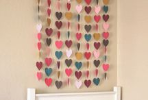 Paper Decor / A board dedicated to home decor crafted out of paper. Wall art, wreaths, garlands, mobiles, event & party decor.