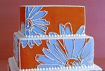 Cakes: Audacieux de Gateau / Not all brightly colored cakes are made for children!! / by Lauren Schultz