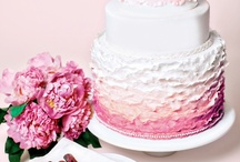 Cakes: Ravishing Ruffles / And of course you know the Queen of ruffled cakes is Maggie Austin... / by Lauren Schultz