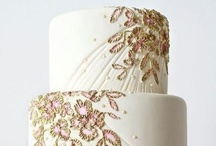 """Cakes: Nuziale! (Wedding) / Obviously you can have whatever kind of cake you would like at your wedding, and many of the gorgeous cakes that I have pinned on my other boards would work beautifully as wedding cakes.  These cakes, though, seem particularly """"bridal"""" to me... I suppose my idea of """"bridal"""" has to do with more formal, traditional styles. / by Lauren Schultz"""