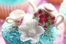 Cakes: Tea Time Treats / by Lauren Schultz