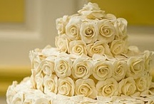 """Cakes: Incredible Ivory / Ivory and Ivory/White Cakes, mostly wedding cakes.  Please note: I have a separate board for White Cakes (""""Torte Bianche""""). / by Lauren Schultz"""