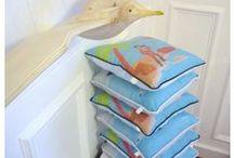 Tableaux et décoration en tissus pour enfants / Echarpes de portages décorées et coffrets cadeaux