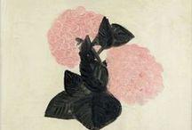 SANYU / Sanyu naît en 1901, dans une famille très aisée de la province du Sichuan. Dans sa quête de perfection, il parvient à associer sa propre tradition, issue de la peinture classique chinoise, avec un style moderne occidental.