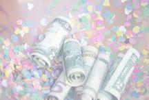 Geldgeschenke / Gerade zur Hochzeit, zur Taufe, Kommunion oder Konfirmation und zum Geburtstag wird gern Geld verschenkt. Hier sammle ich für euch kreative Ideen für Geldgeschenke: So könnt ihr Geldscheine und Münzen besonders schön in Szene setzen.