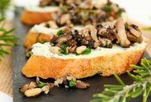 VEGAN mushroom recipes / Talk about umami! This vegan, plant-based mushroom board will satisfy your 5th taste. For more vegan recipes visit: www.groundleaf.co/. #vegan #veganrecipes