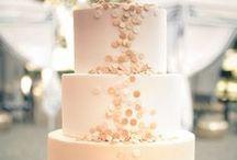 {Wedding} Cakes