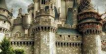 замки / красивые архитектурные сооружения