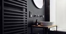 Black Bathrooms / Black and dark Bathroom designs, for inspiration Zwarte, badkamer, badkamermeubel, badmeubelen.