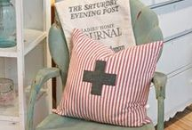PILLOW OBSESSION / by Kelly Portnoy