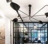 Corporativo Criativo - Coworking Morumbi / O projeto se baseia na necessidade de converter uma casa assobradada dos anos 1980, em dois usos. No térreo um espaço de coworking e no andar superior um escritório de advocacia. Aproveitamos as subdivisões dos ambientes do térreo e com a alteração da circulação do andar para um único eixo conseguimos otimizar o espaço criando ambientes com bem iluminados e com dimensões confortáveis.